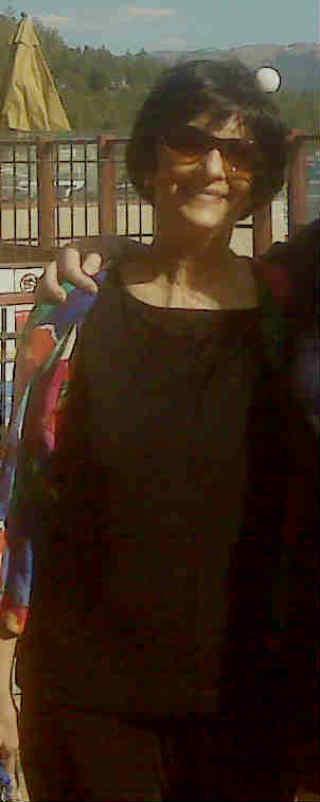 Linda Barossi1