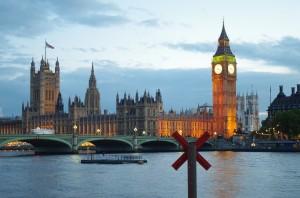 london-by-night-735085_1280