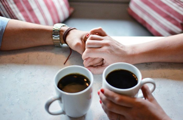 love coffe Image by Gabriel Alva from Pixabay 1536226 2 1200x787 1 e1627856932498