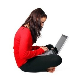 pixabay-PR-woman-sitting-laptop2