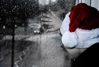 pixabay christmas boy window