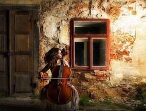 pixabay-woman-cello